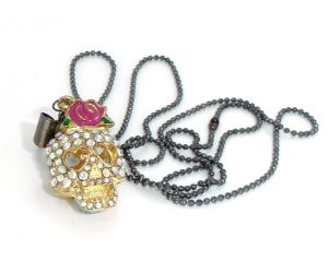 Skull head Fashion Colorful Diamonds pendant necklace